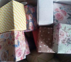 Kreativ mit Karton - Verpackungen aus Karton